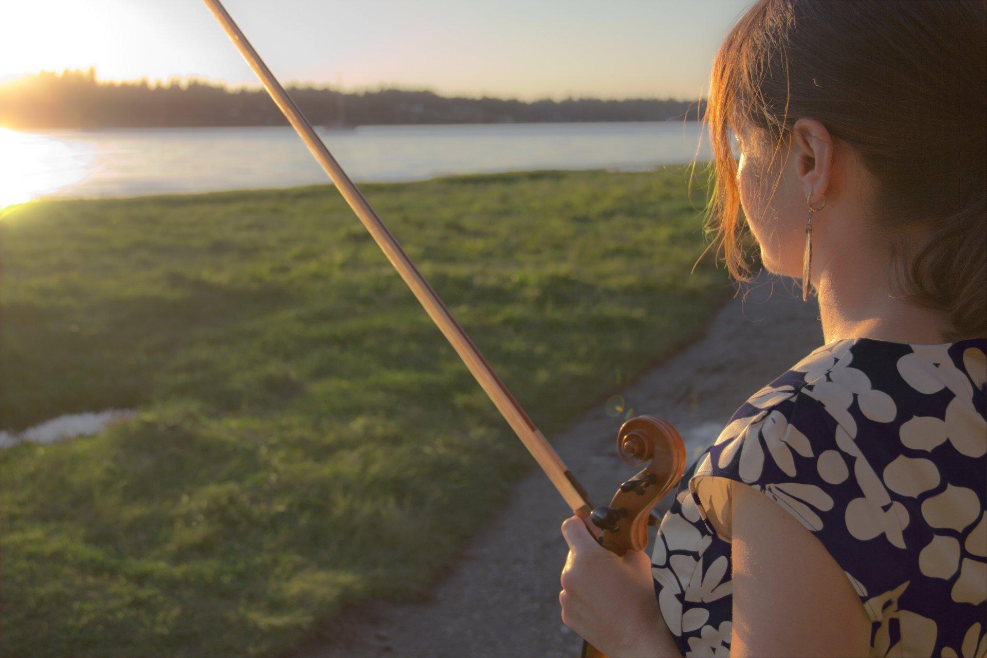Pamela Margon with fiddle